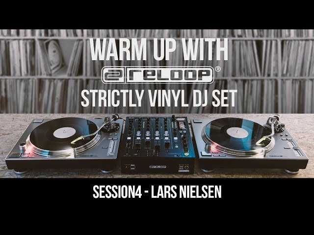 Strictly Vinyl DJ Set - Dub Techno/Minimal Live Session w/ Lars Nielson (Warm Up With Reloop 04)
