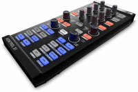 Native Instruments TRAKTOR KONTROL X1 MK1 Б/У по цене 5 000 руб.