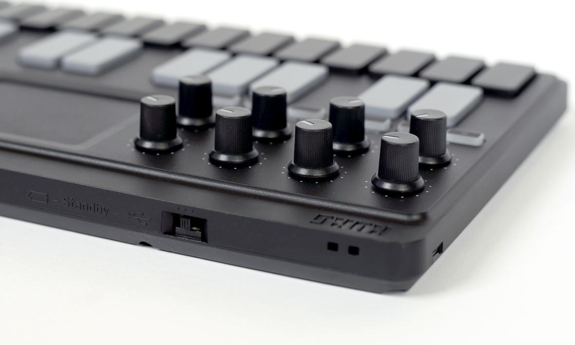 Korg nanoKEY Studio купить миди-клавиатуру в Москве в интернет ...
