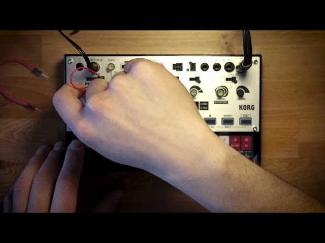 volca modular Patch of the Week 2: Dual Oscillator Bass Synth