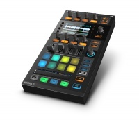Native Instruments Traktor Kontrol D2 по цене 25 542 руб.