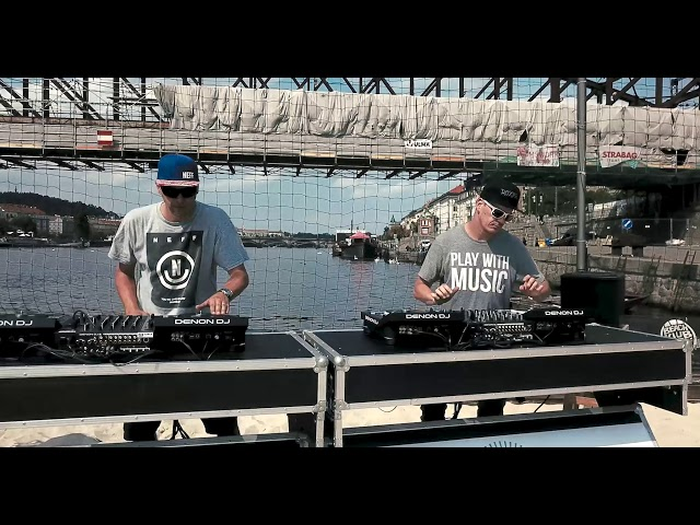 Denon DJ SC5000M performance video - session #2 (Friky & Roxtar)