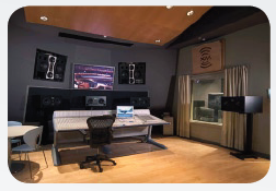 3_adam_jazz_studio.PNG