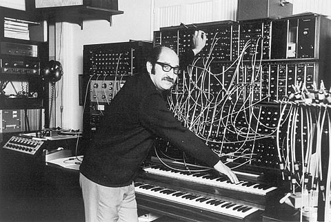 2_moog_Modular-Synthesizer.jpg