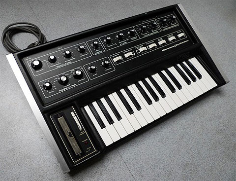 3_moog_Modular-Synthesizer.jpg