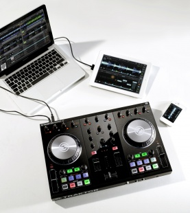 Native Instruments TRAKTOR KONTROL S2 Mk2 по цене 29 070 руб.