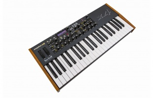 Dave Smith Mopho x4 Keyboard по цене 153 577 руб.