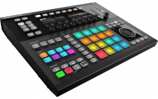 Native Instruments Maschine Studio Black по цене 35 136 руб.