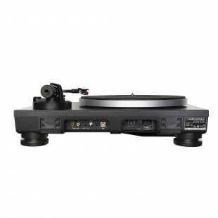 AUDIO-TECHNICA AT-LP5 по цене 33 990 руб.